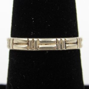 Vintage Size 6 Sterling Odd Notched Thin Band Ring